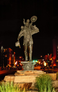 The unlit statue coming into town